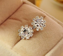 Sparkling Rhinestone Diamond look Stud Earrings Solitaire with Bissel