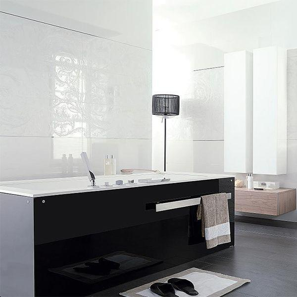 Porcelanosa Glass Blanco 31.6 x 90cm