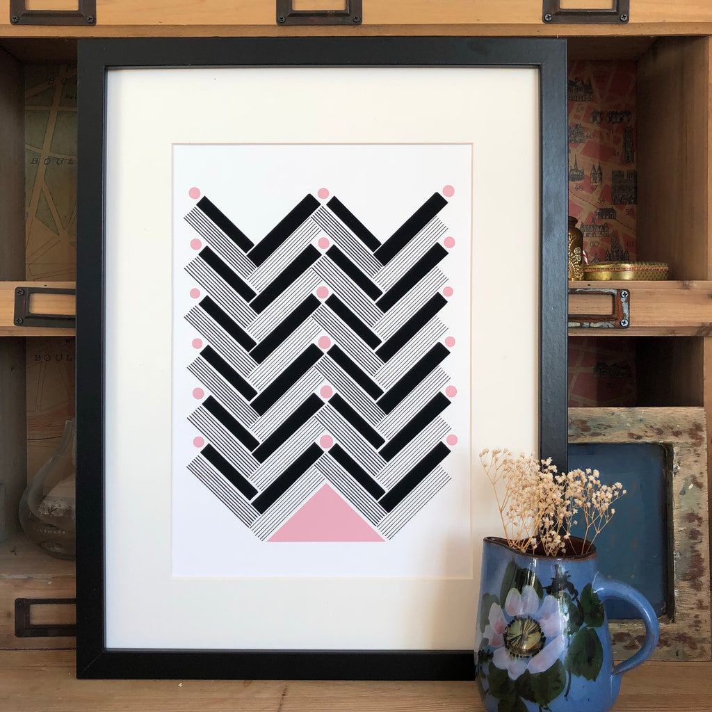 LINEAR HERRINGBONE