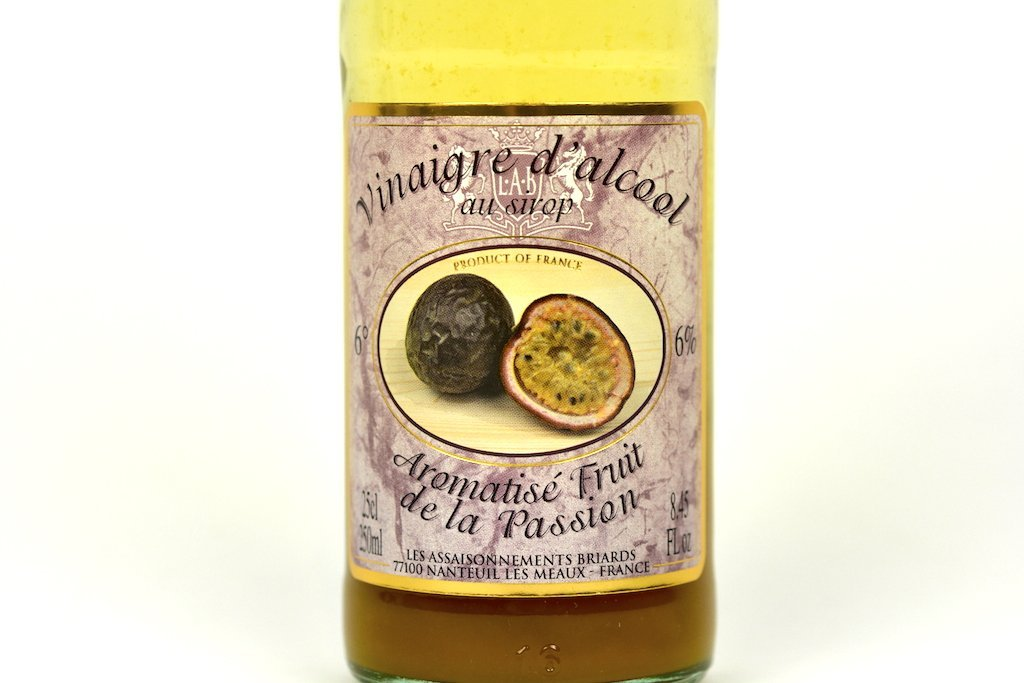 Moutarde de Meaux White Alcohol Vinegar 6% flavoured with Passion Fruit Syrup 25cl Case of 6 Units - Multipack