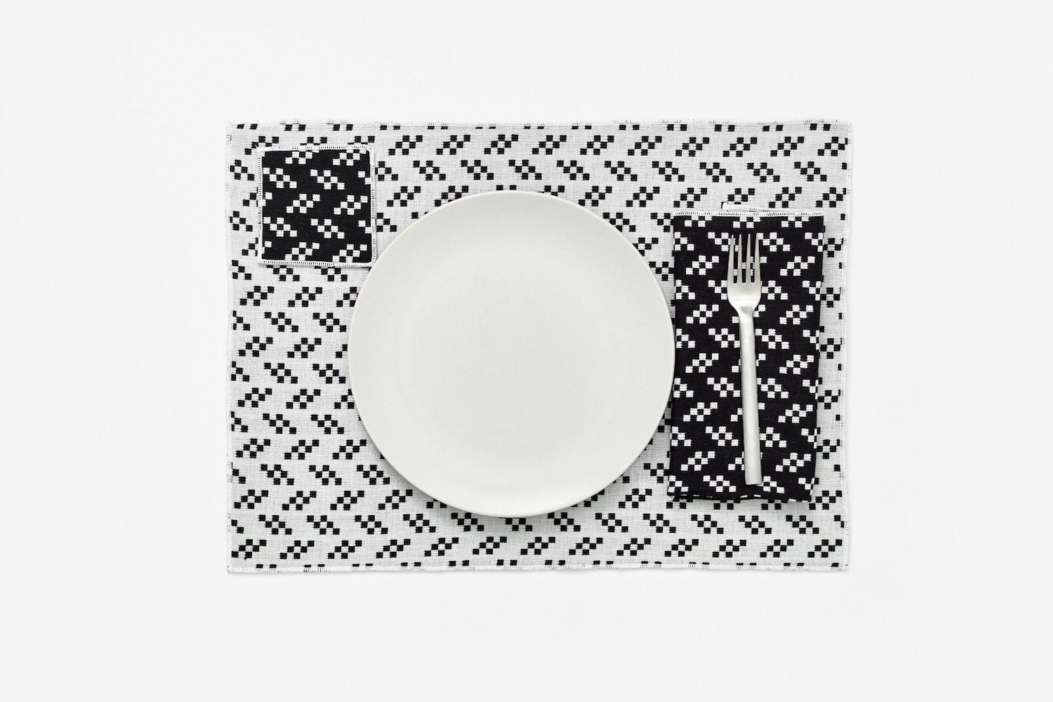 Placemats - Set of 4 - Black & White