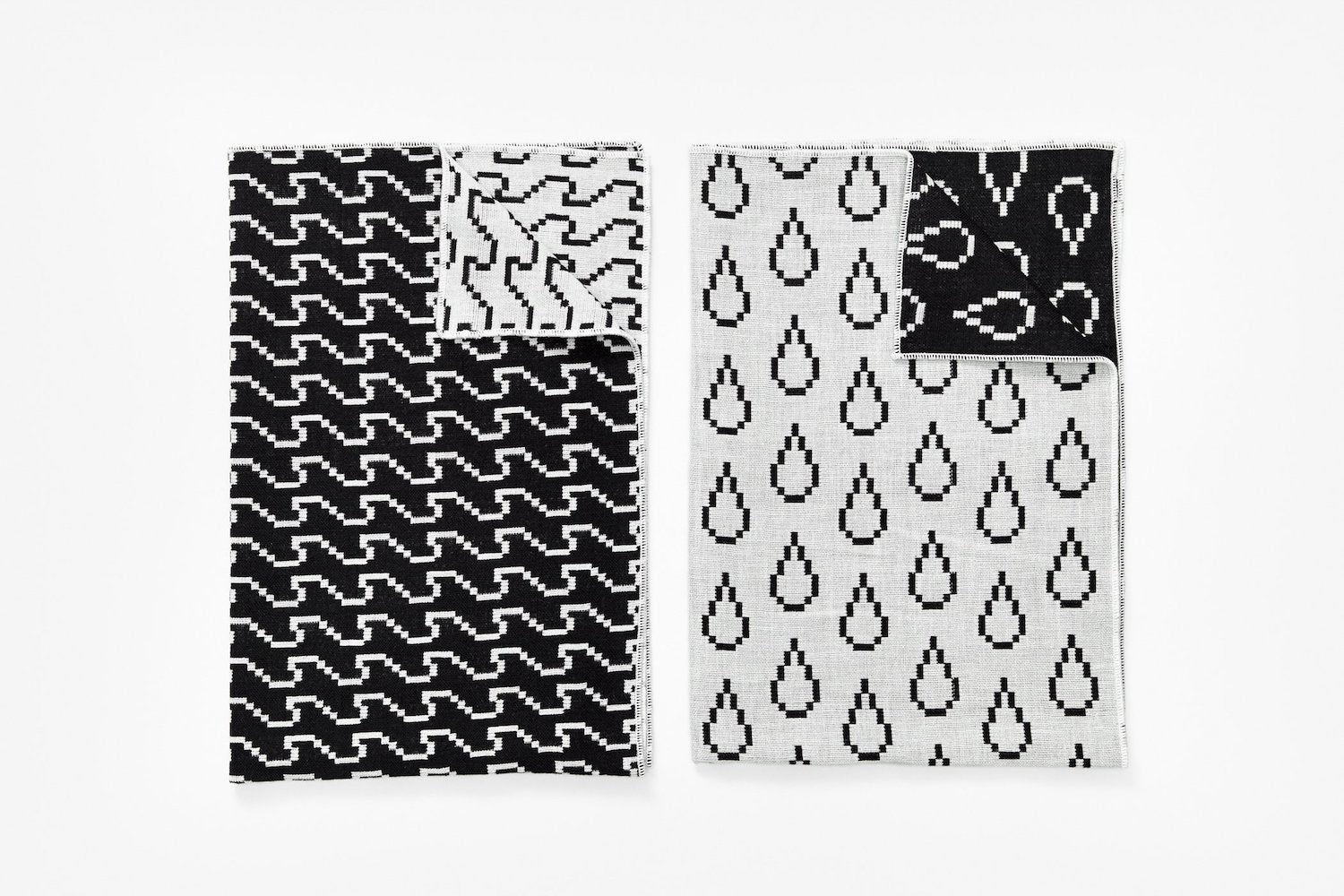 Tea Towels - Wave/Drop - Set of 2 - Black & White