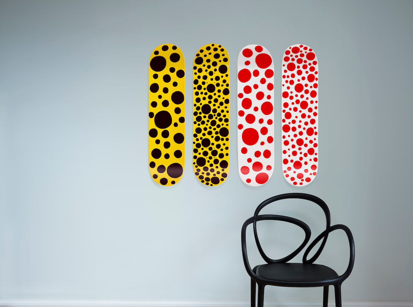 Kusama Skateboard - Black Big Dots