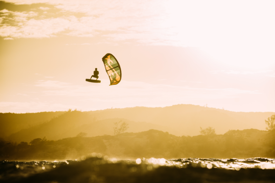 How Does Kitesurfing Work?