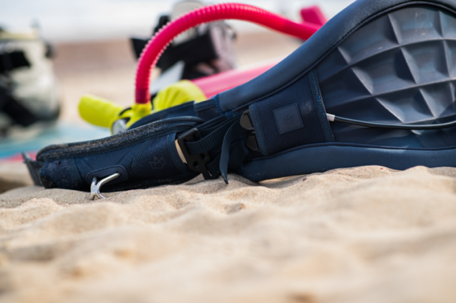 6 Must-Have Kitesurfing Accessories
