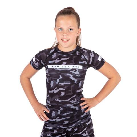 Kids Rival Black & Camo Short Sleeve Rash Guard
