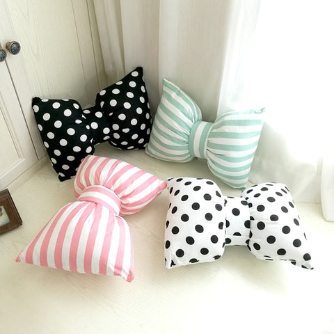 Pretty Bows - Decorative Pillow Collection