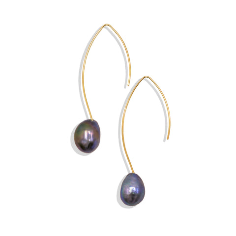 Single Gray Freshwater Pearl Hooked Earring - IT STYLE BOX