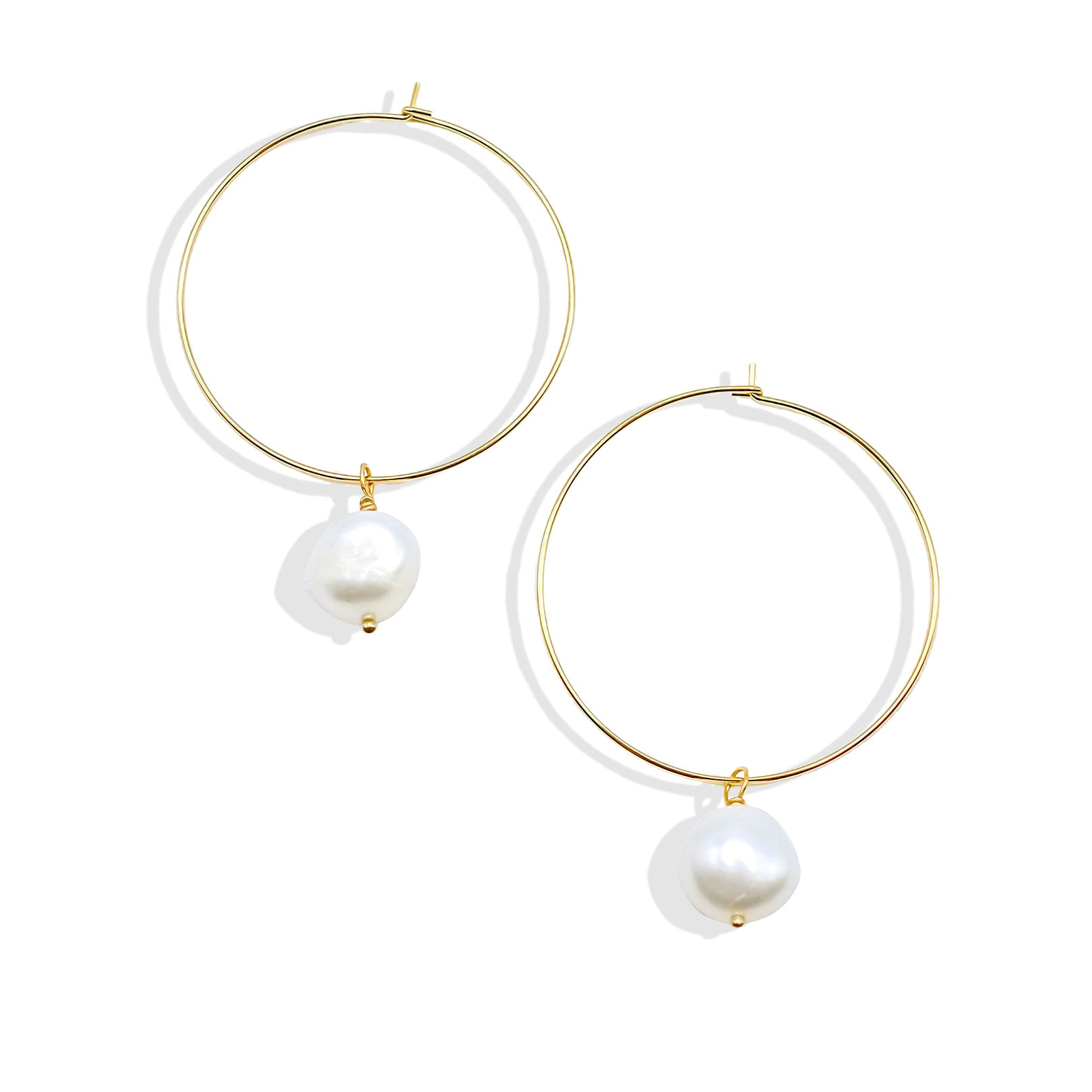 White Freshwater Pearl Hoop Earring - IT STYLE BOX