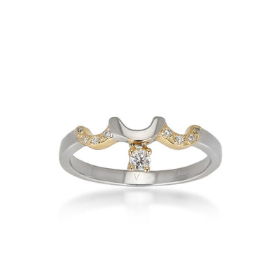 Attina ring ft. gold