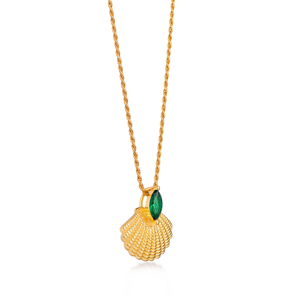 Pamela Gold Shell Necklace on Rope Chain