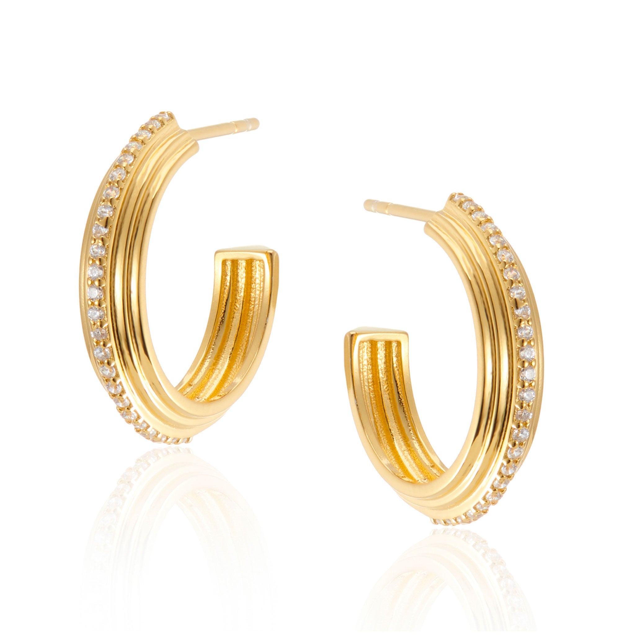 Neve Chunky Hoop Earrings in Gold