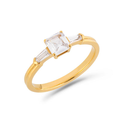 Illusion bullet & asscher cut diamond ring in yellow gold
