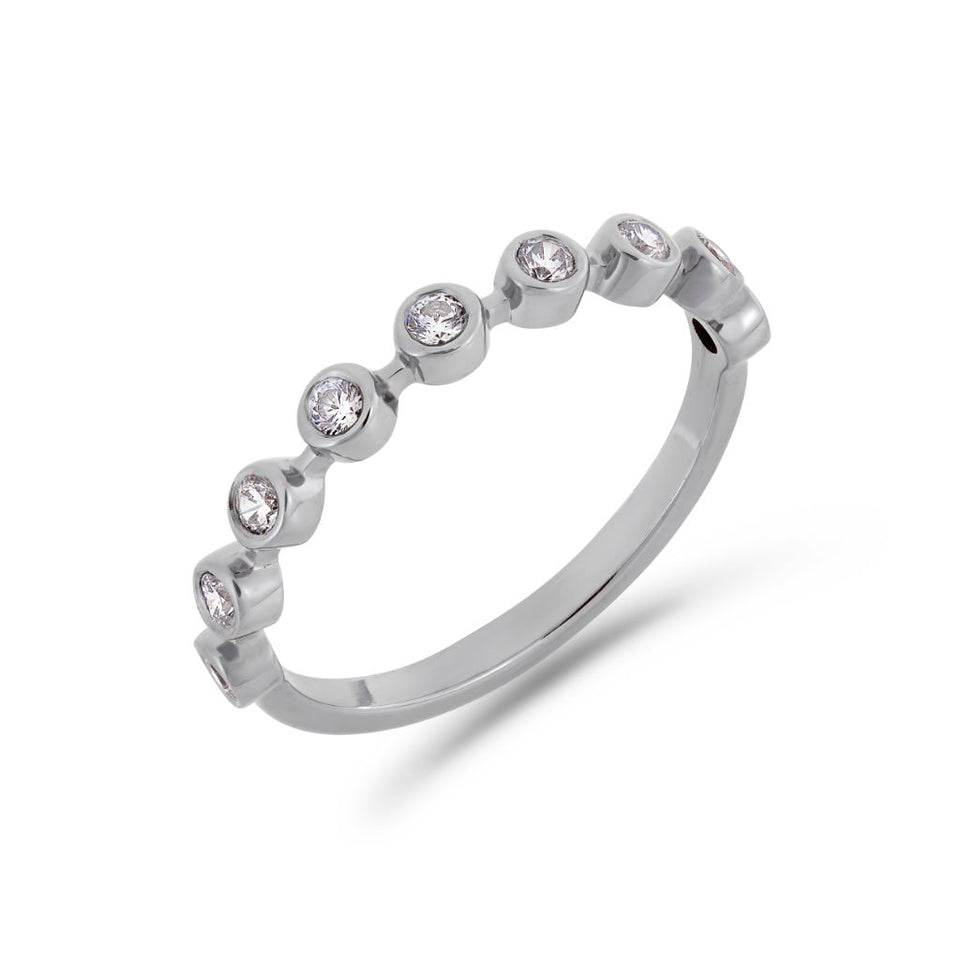 Bezel diamond ring in white gold