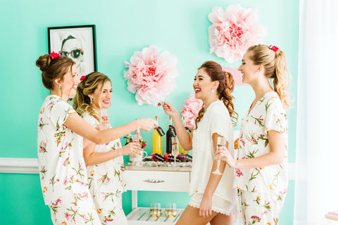 DIY Mimosa Bar - Bridesmaids Gifts