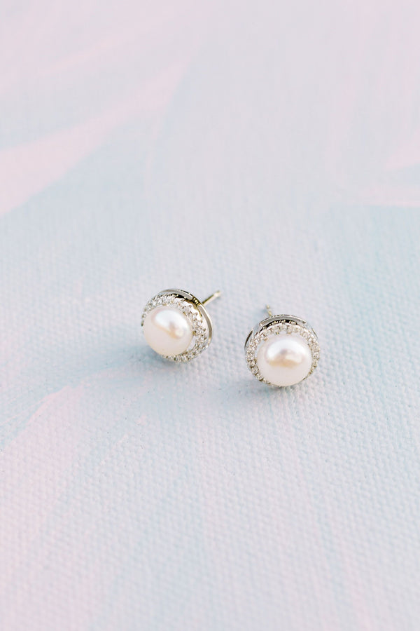 Poppy & Co. - Elizabeth Post Earrings - Pearl Earrings - Bridesmaids Gifts - Bridesmaid Earring - Wedding Day Earring - Bridal Party Earrings