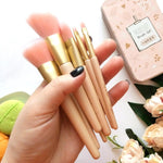 Travel Makeup Brush Set with Case