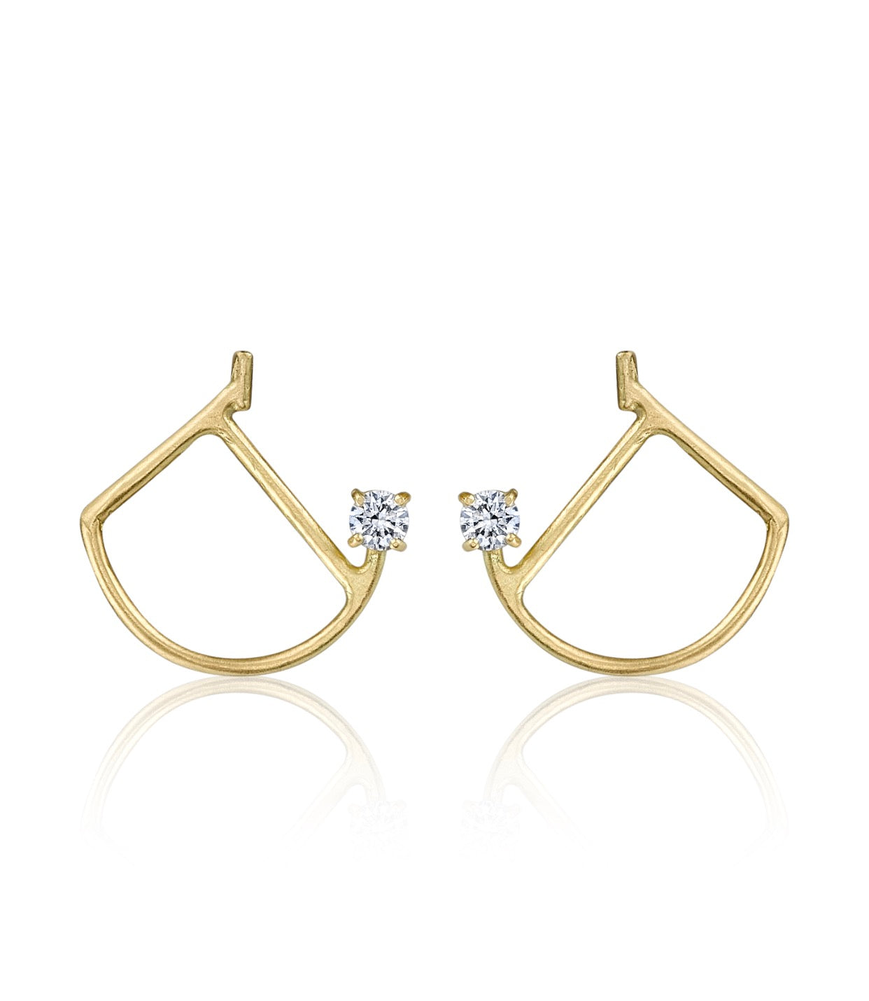 Bow Pose Earring