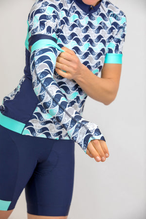 Shield Sleeves Arm Warmers (Mint Flutter Print)