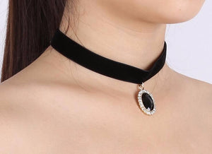 Black Acrylic Gem & Crystal Pendant Necklace - Velvet Chain - Inlaid Crystal Choker Necklace For Women -Fashion Party Jewelry
