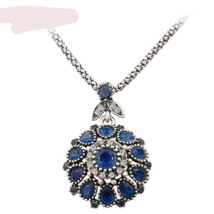 Gorgeous Bohemia Vintage  Crystal and Silver-Plated Pendant Necklace For Women -Fashion Jewelry Resin Silver-Crystal Gifts