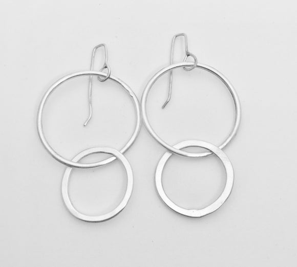 Sliver Double Circle Earrings Easy to wear everyday