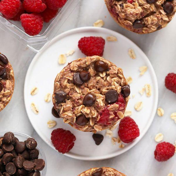 Raspberry Chocolate Chip Oatmeal Cups