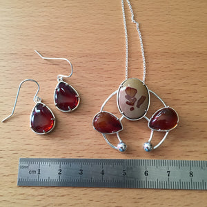 Owyhee Jasper and Red Amber set