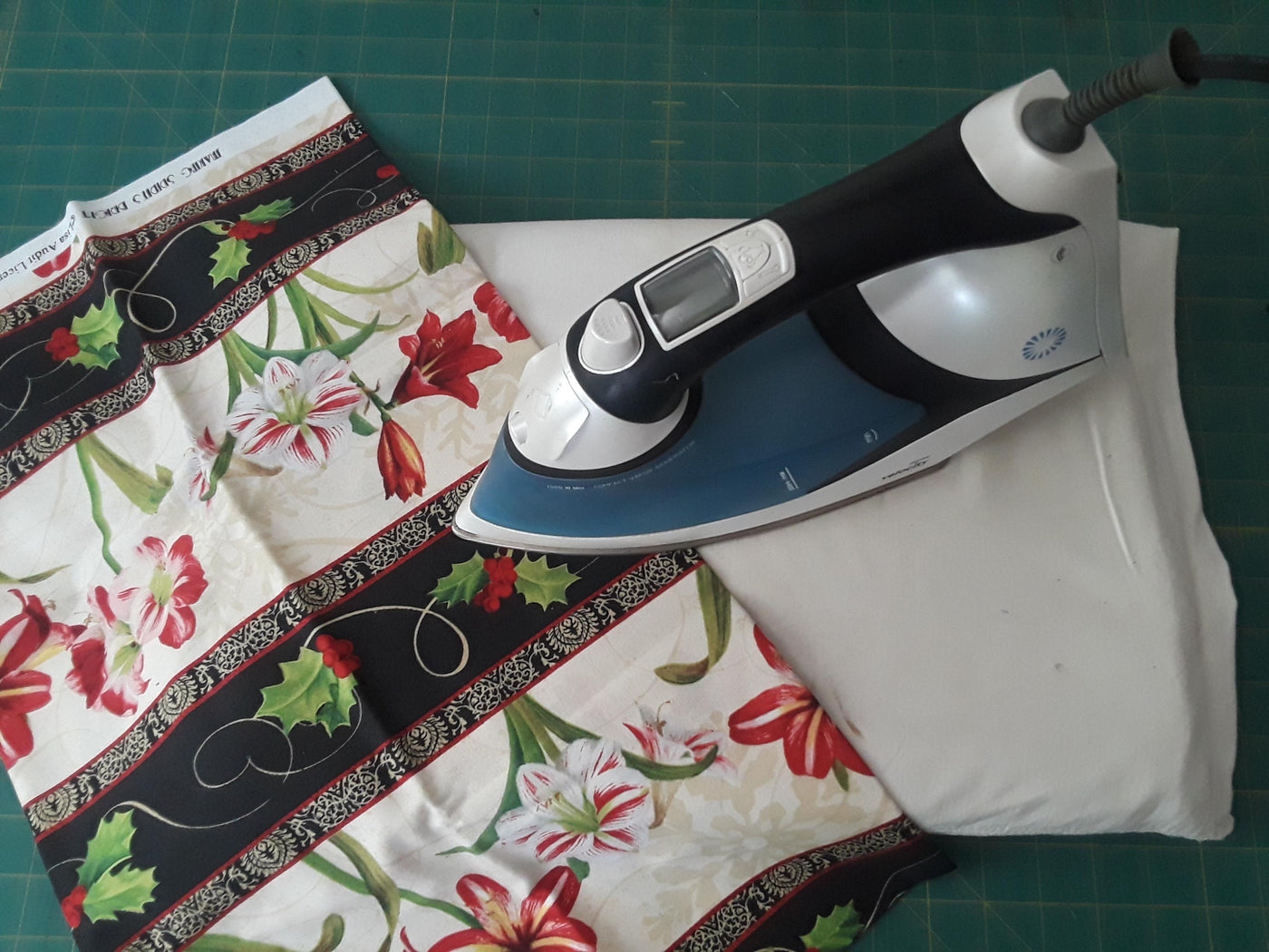 Make A Quick Amp Easy Tabletop Ironing Pad Ranae Merrill