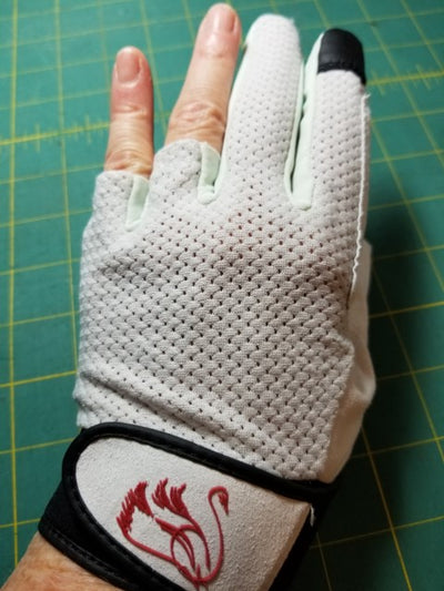 Swan Amity Quilting Gloves - <BR>the BEST quilting gloves ever!
