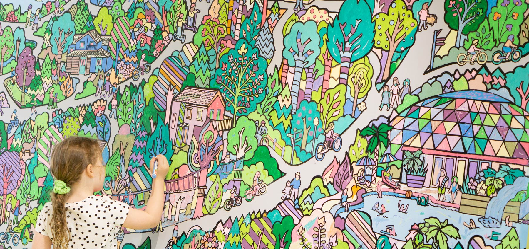 fancy features amazing colouring wall