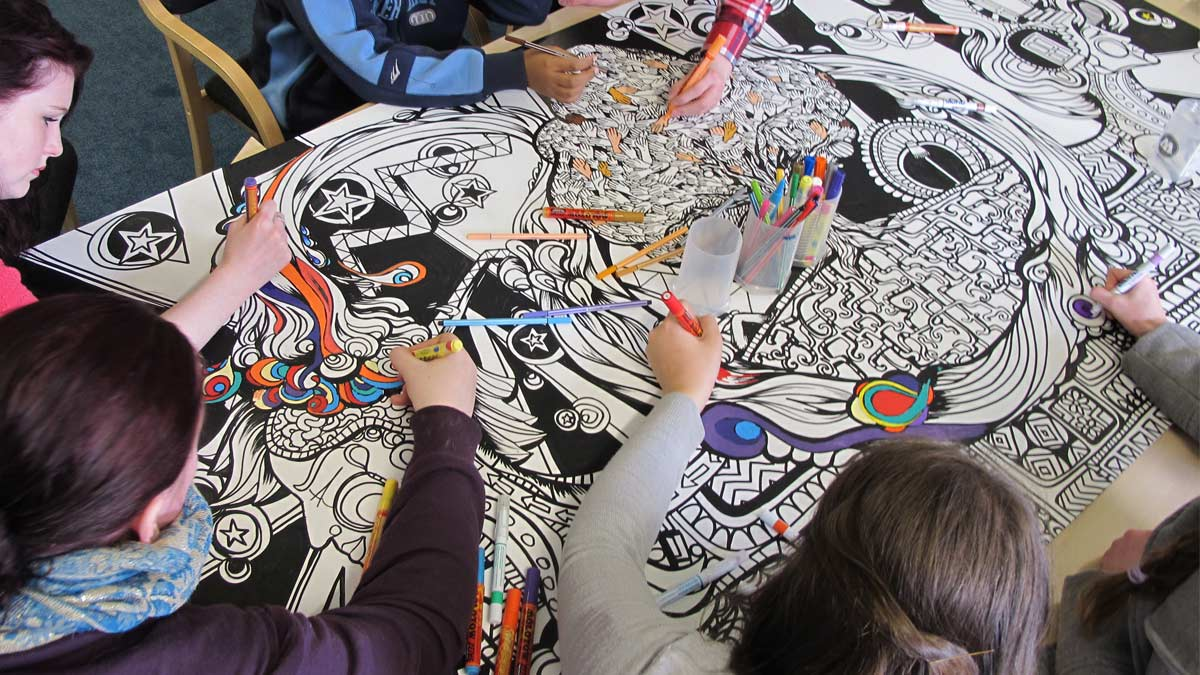 community colouring art