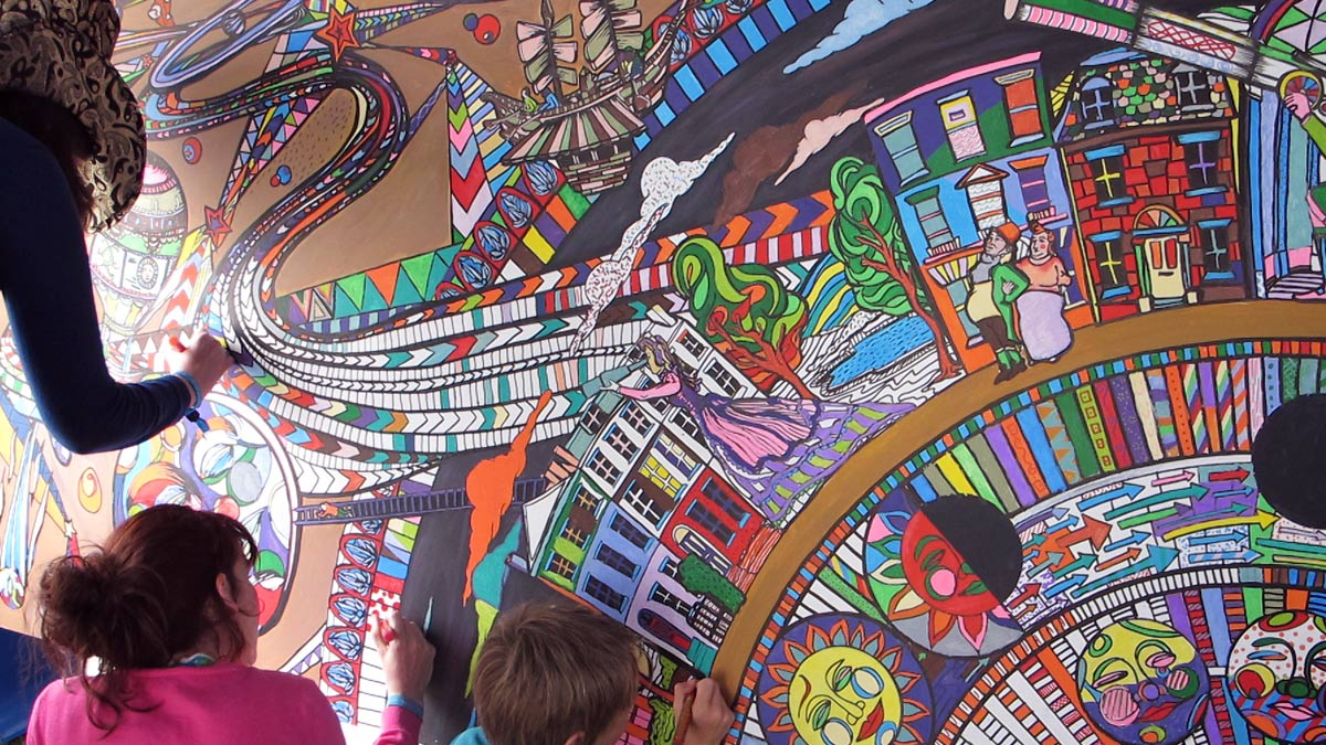 festival coloring wall