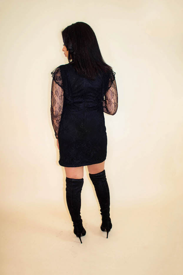 Black Lace Choker Long Sleeve Dress