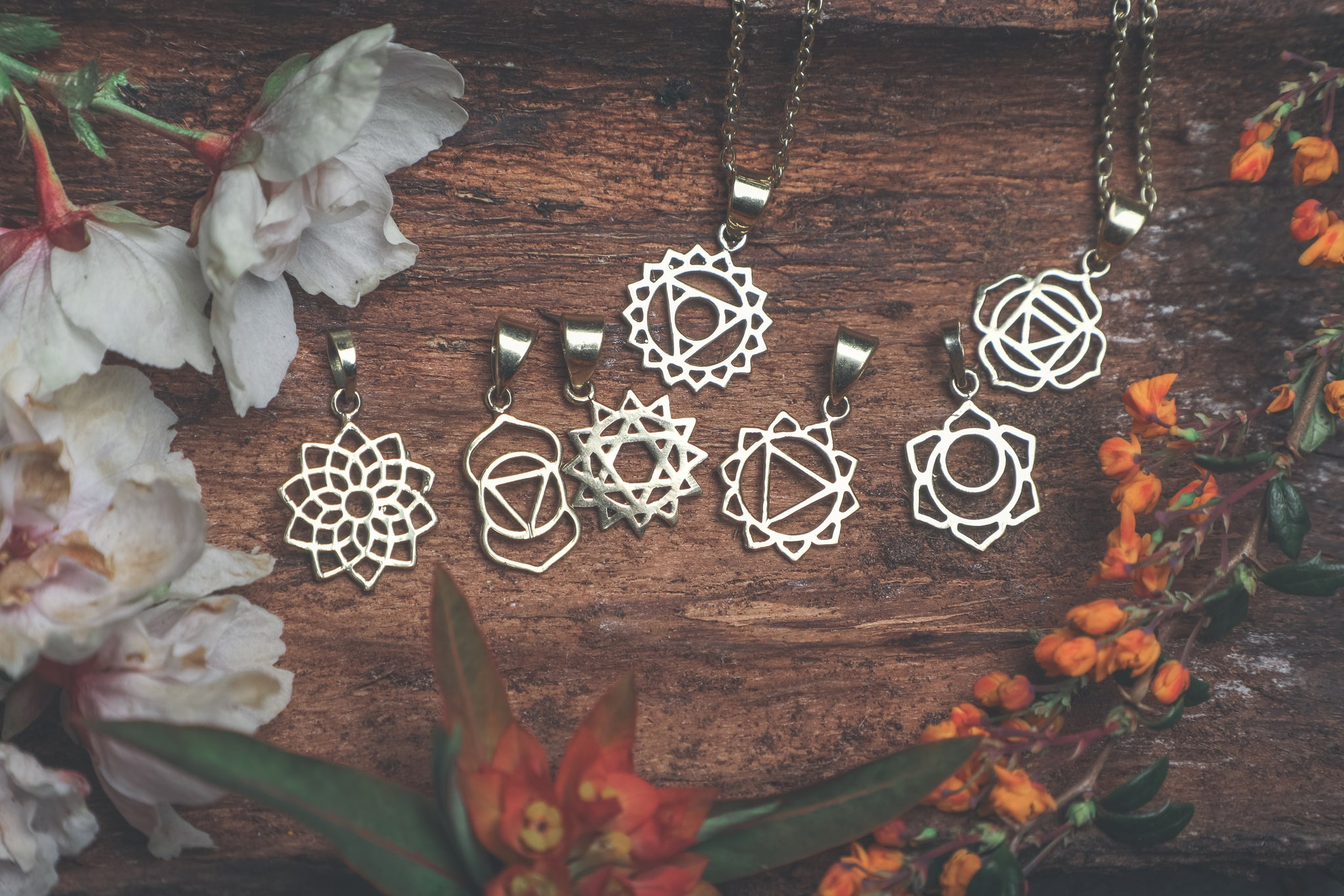chakras, third eye chakra, heart chakra, symbolic jewellery, symbol jewellery, good luck charm, lucky necklace, spiritual jewellery