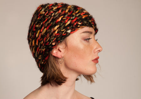 Finger-knitted Hat - Seeta