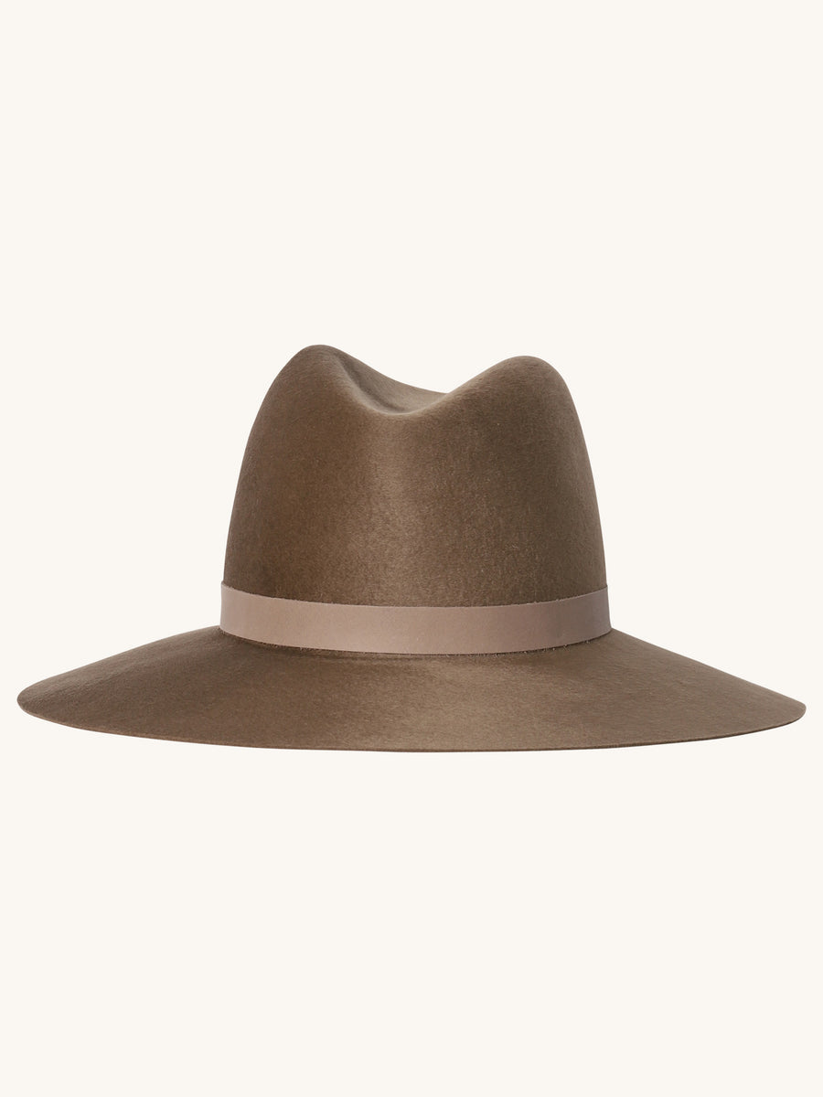 Rylan Hat in Taupe