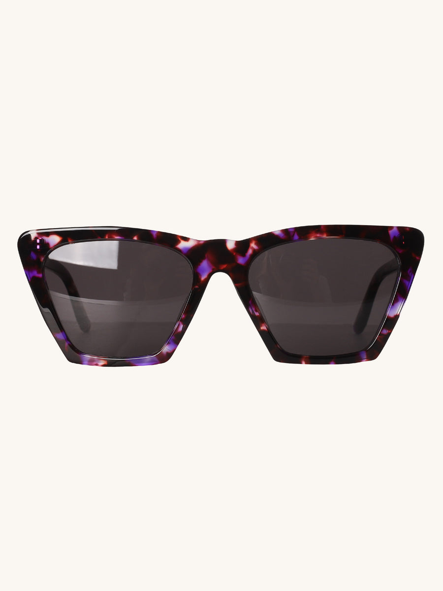 Lisbon Sunglasses in Berry