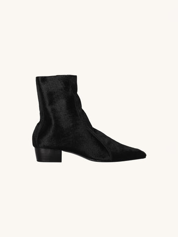 Cove Boot in Black