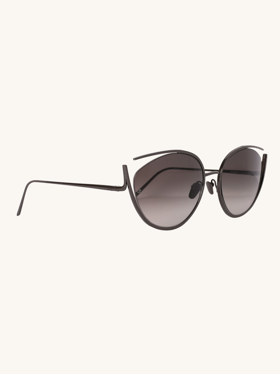 668 C7 Cat Eye Sunglasses in Grey