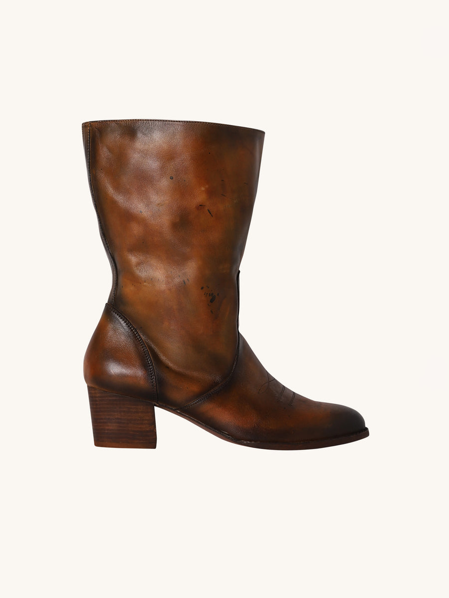 Charlotte Boots in Brown