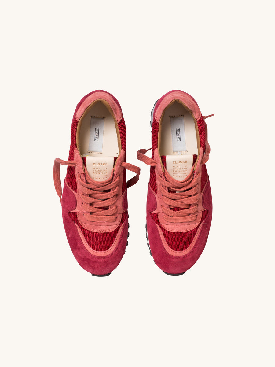 Running Sneaker in Granat Red