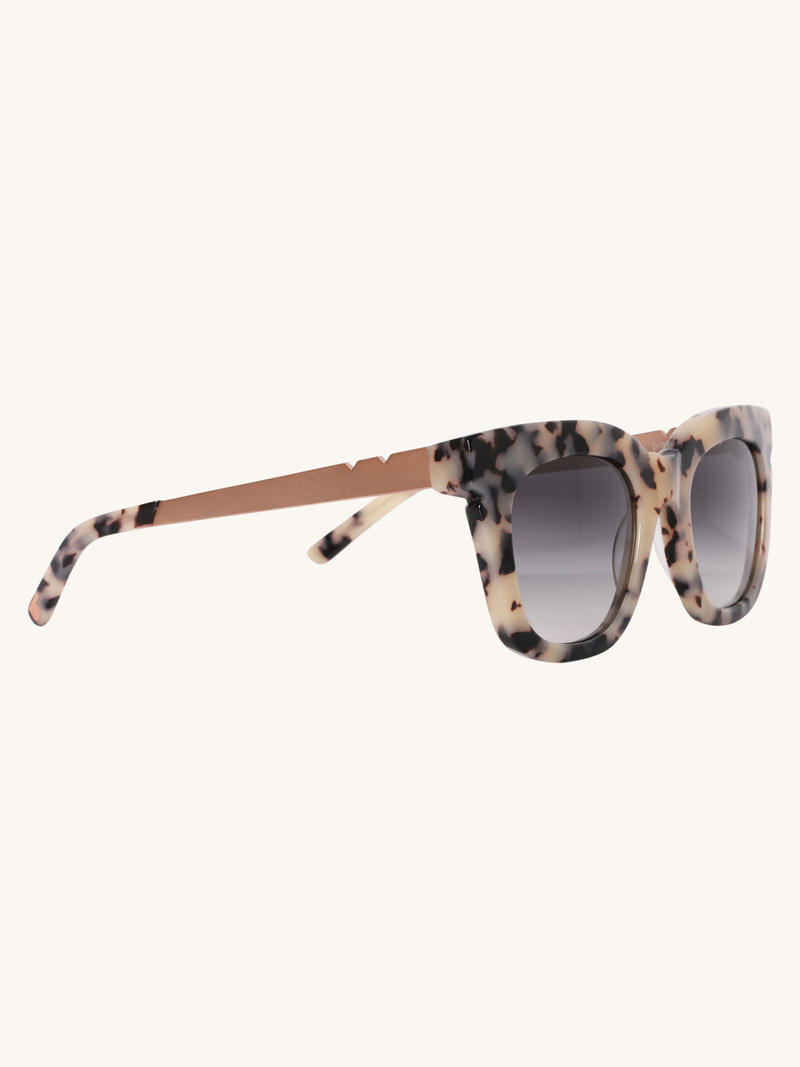 Pools & Palms Sunglasses in Cookies & Cream Tortoise