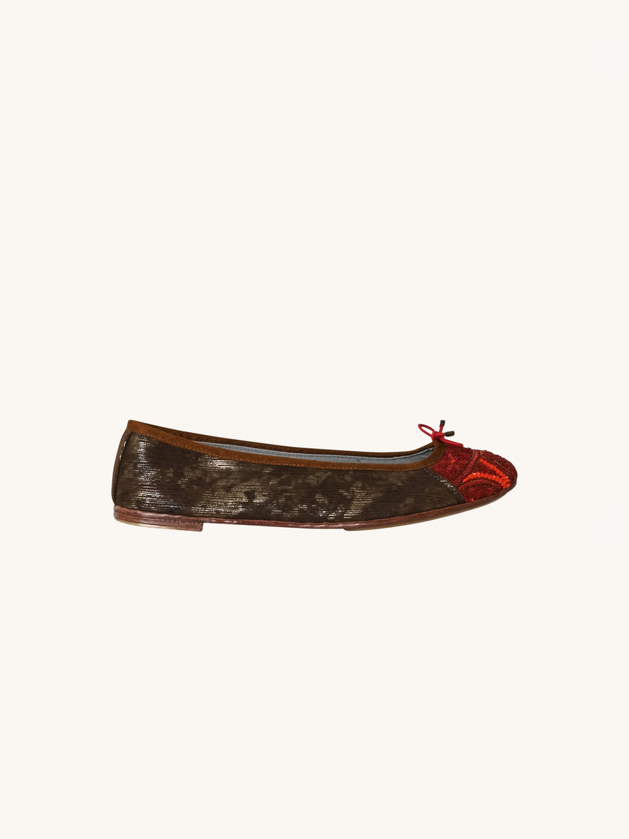 Bizi Ballet in Charcoal & Red