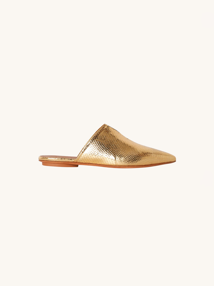 Leather Slippers in Gold
