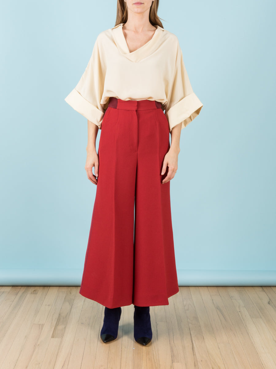 Tamako Wide-Leg Cropped Trouser in Scarlet