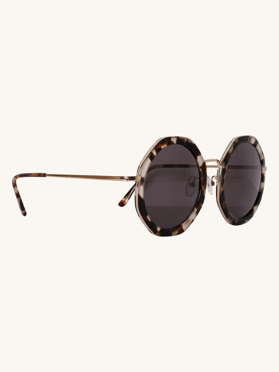 Antibes Sunglasses in Tortoise