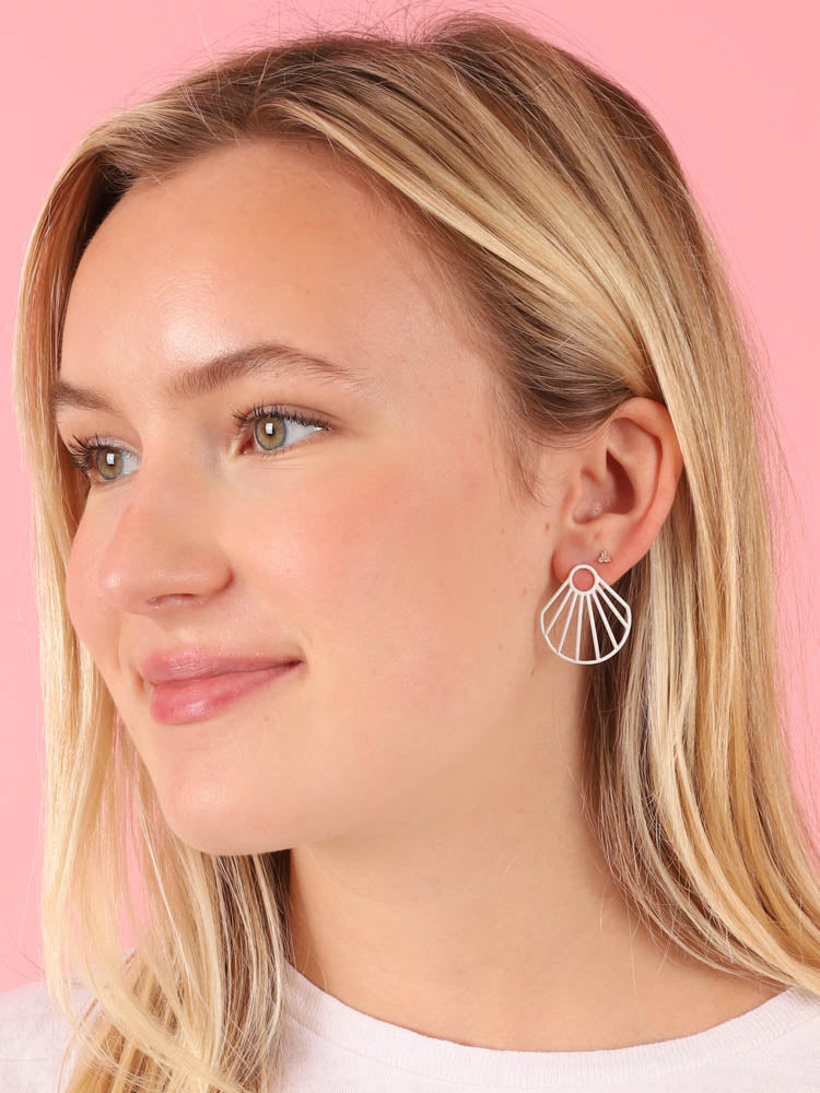 White Small Clam Earrings