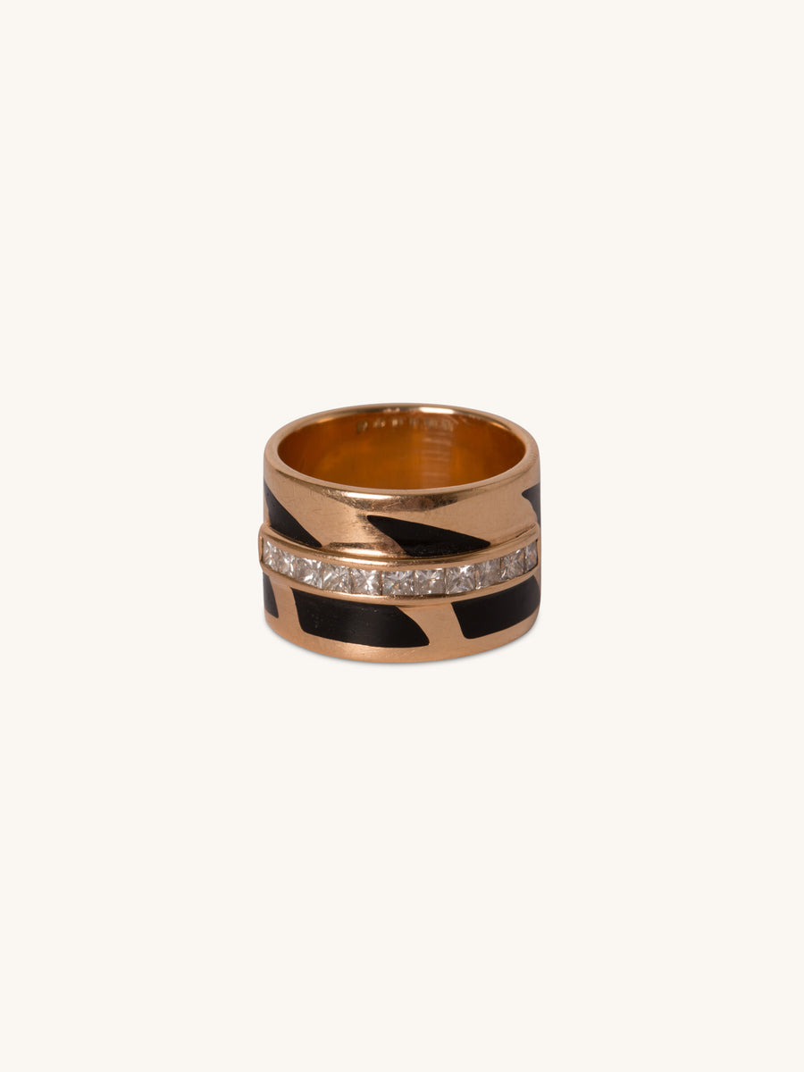 Shark Fin Ring With Enamel & Diamonds, size 6.5