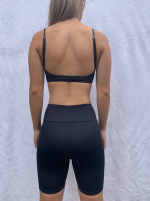 Jade Crop - Black